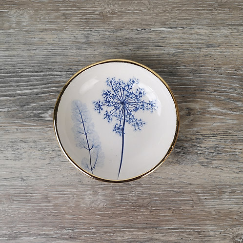 Porcelain ring dish with Queen Ann's lace flower print and gold detail