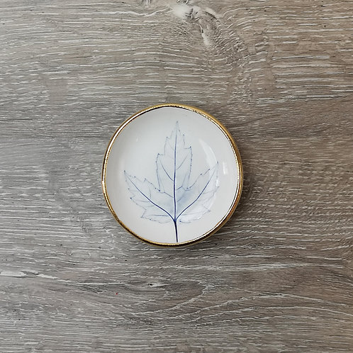 Tiny porcelain ring dish with Maple leaf and gold detail