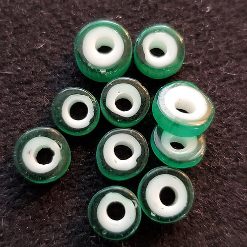 (10 pcs) White Core Green Disc glass beads