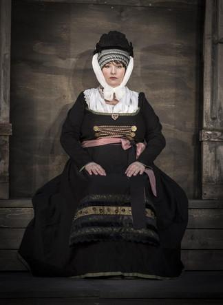 Monbijoutheater 2017 Faust, Marthe.JPG