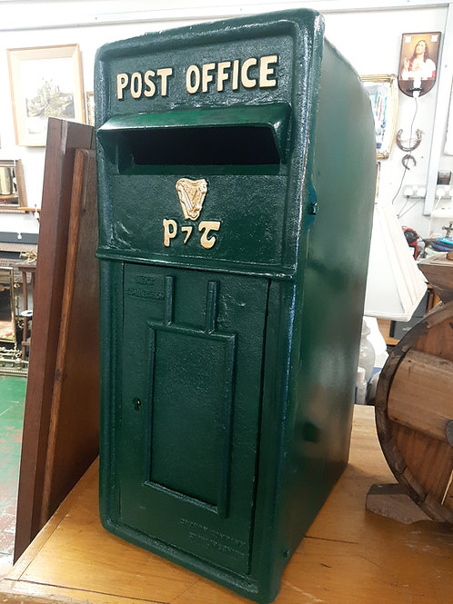 Cast Iron reproduction post box