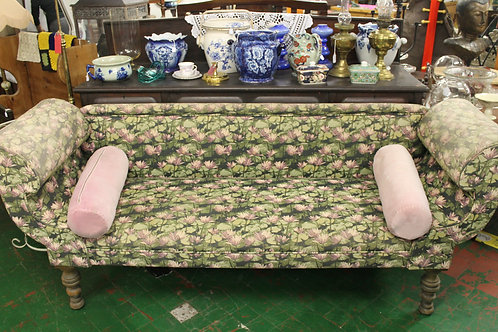 Double sided chaise lounge