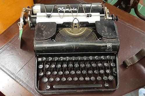 Vintage Olympia type writer (Display piece)