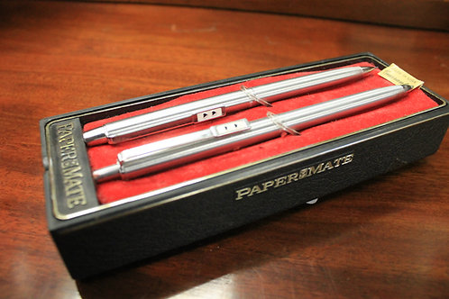 Vintage paper mate pen and pencil set.