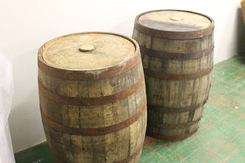 Whiskey barrell (1)