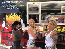 Tonight Downtown Redlands it's going to be Poppin!! Come get your Fry Fix Redlands !!! Market Night