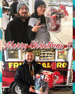 Merry Christmas fry family !!! Congratulations to Vanessa and Felipe for being the winners of the Ch
