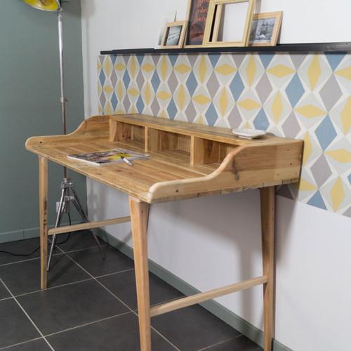 mobilier en bois de palette recycl. Black Bedroom Furniture Sets. Home Design Ideas