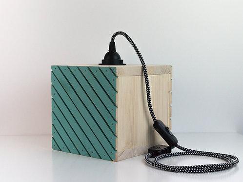 L'ajourée, lampe en bois