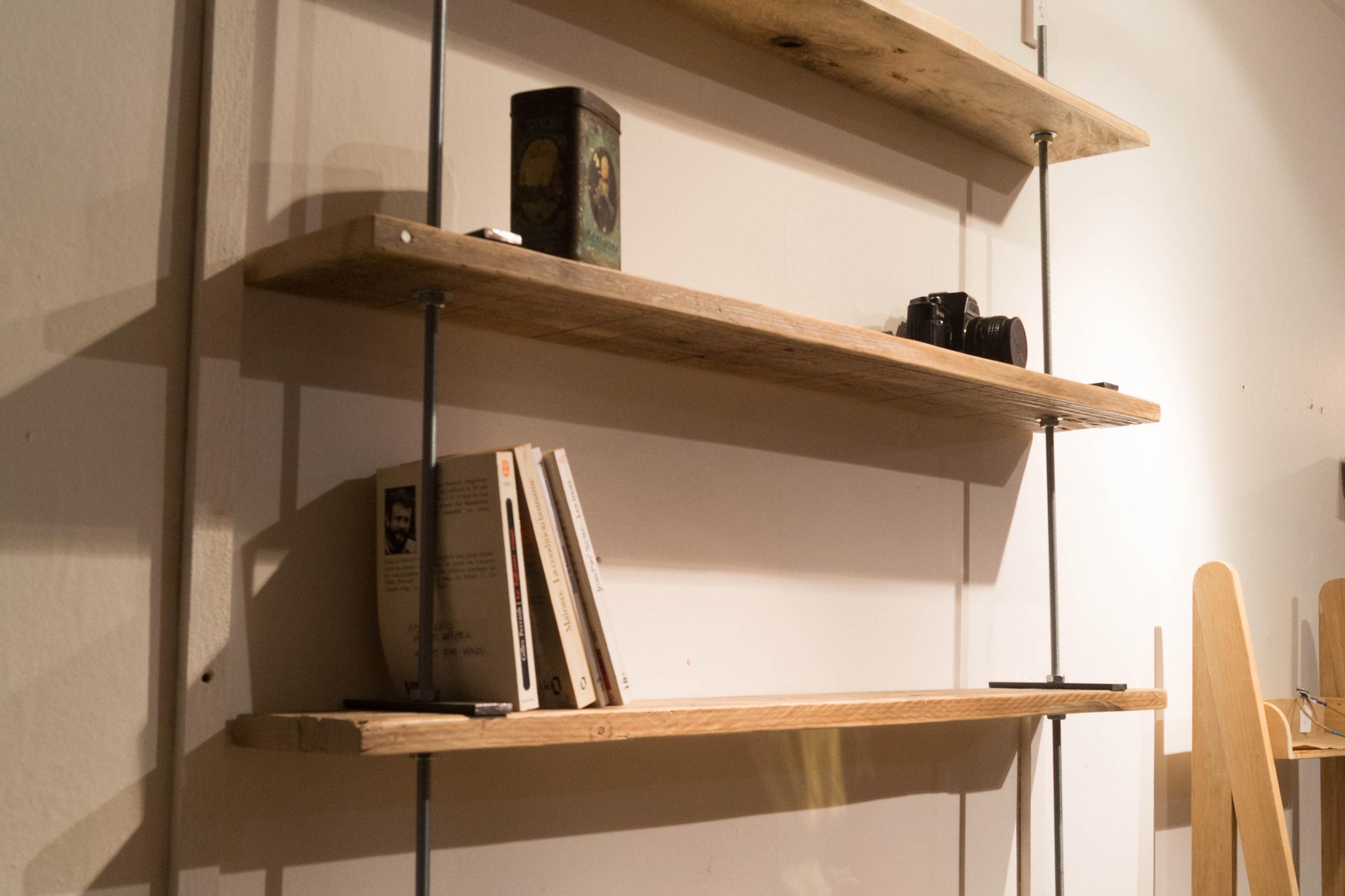 etagere palette bois fashion designs. Black Bedroom Furniture Sets. Home Design Ideas