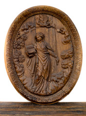 OVAL CARVED PLAQUE
