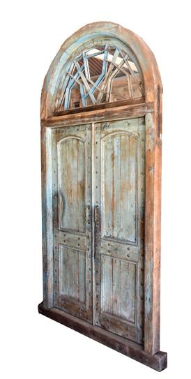 WOOD DOOR WITH ARCH