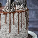Cookies N' Cream Cake