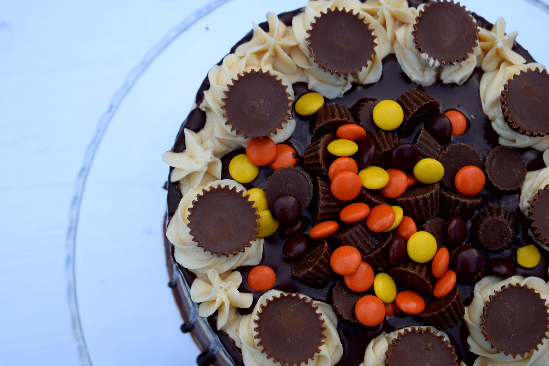 Peanut Butter & Chocolate Cake