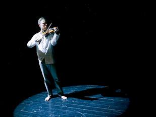 Muzyka w teatrze – zło konieczne?