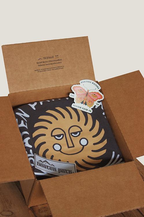 T-SHIRT SUBSCRIPTION BOX