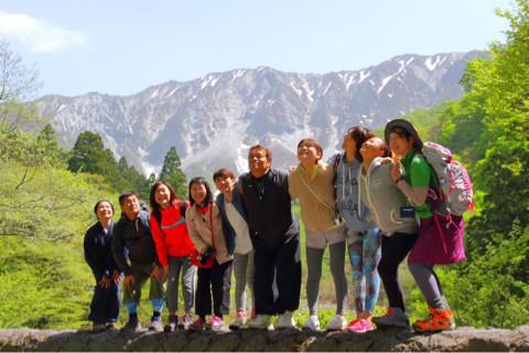 大山でココロ・カラダ・春に調ふYogaツアー