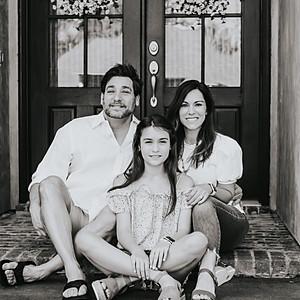 Nunez Family Front Porch Mini