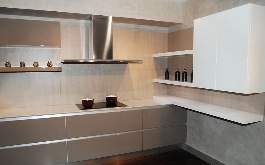 עיצוב מטבח אולם תצוגה - מעצבת מטבחים