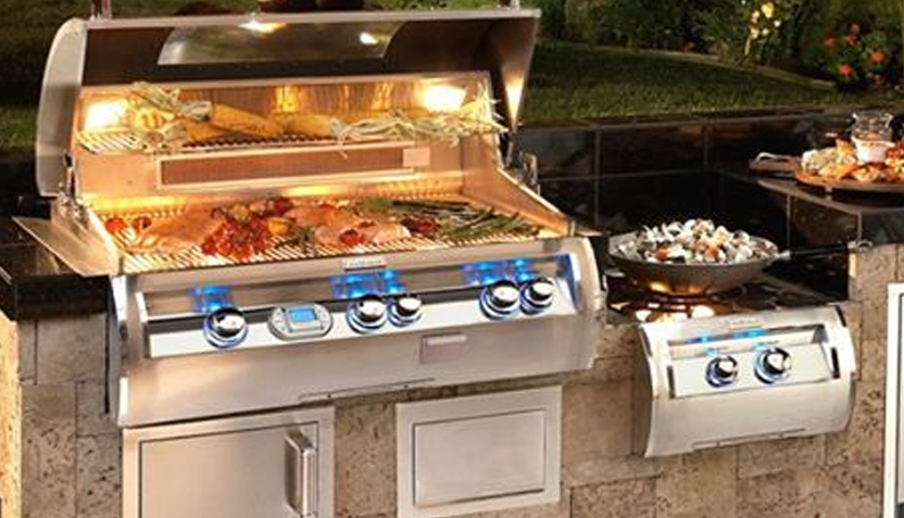 Barbeques Galore 1 - 832.png