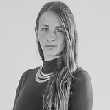Sara Velez.png