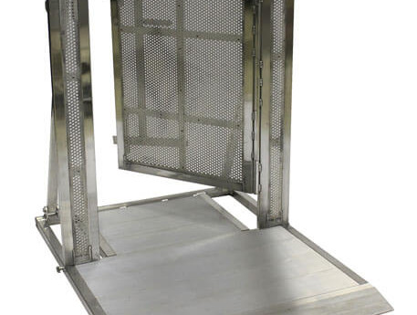 ALUMINUM GATED BARRICADE
