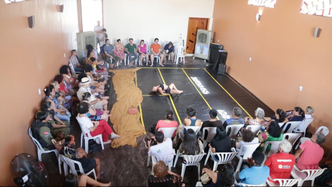 foto_3_Fórum_abre_com_solo_de_dança_'Nascente_em_Chamas'_na_Casa_dos_Rios_em_Cabelo_Seco