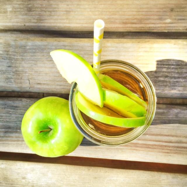 Green Apple Sangria Cup