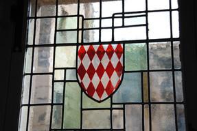 Armoiries monégasques dans la Mairie des Baux de Provence