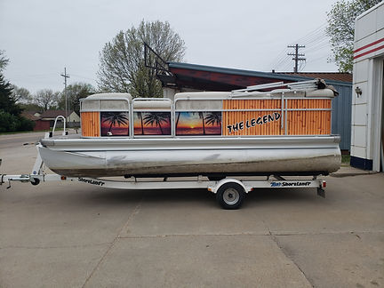 Pontoon Boat 2.jpg