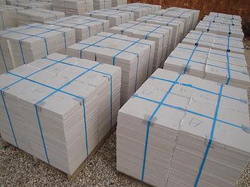 Stock caliza capri 40 x 40 x 1,5 cm honed