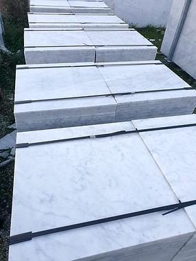 Bianco Carrara C 60x60x2 cm Lucido 1.jpg