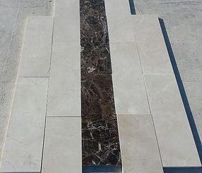 Stock marmo crema marfil e marron 20 x 60 x 2 cm lucido selezionato