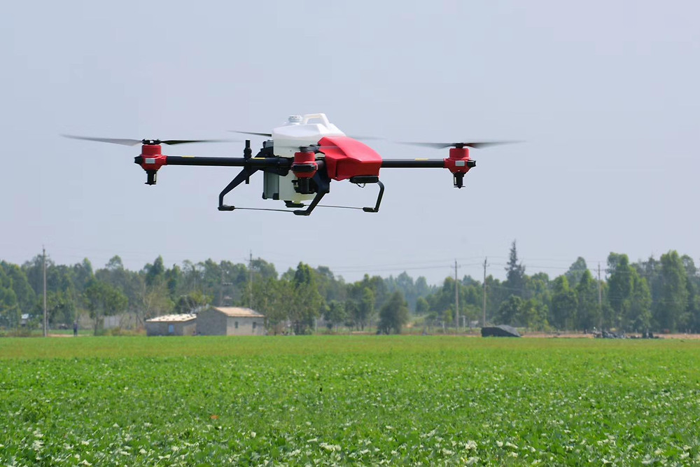 4G LTE Drone delivers defribrillators to remote areas of Canada