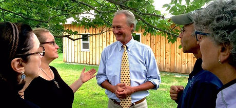 Lincoln Chafee Chats With Two Women and