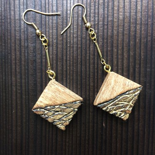 Char maple and gold earrings - short