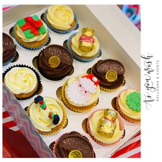 Elf on Shelf Cupcakes