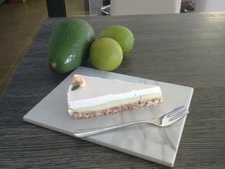 Presna Torta Avokado in Limeta