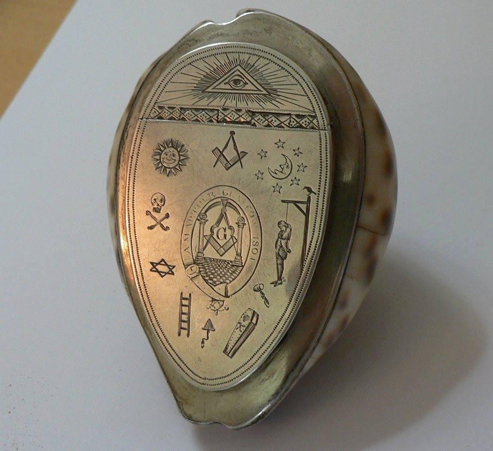 Simbolo Maconico 130