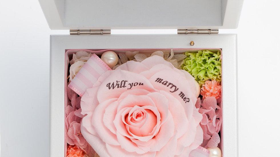 高級ホワイトオルゴールBOX お花イッパイ!プリザーブドフラワー【ピンク】