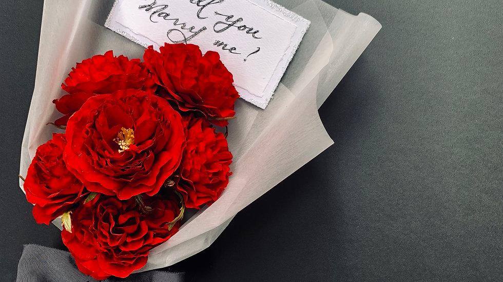 赤イングリッシュローズ花束