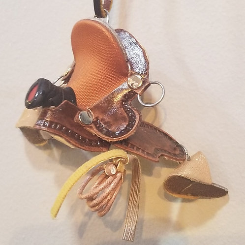 XS Saddles, Tradition.
