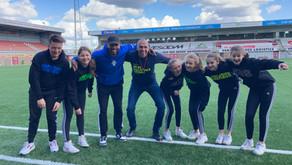 Talentenklas van Hoomrun Dance Studios danst in het Helmond Sport Stadion!