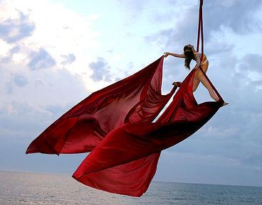Silks-on-beach-no-rig-4-cro.jpg