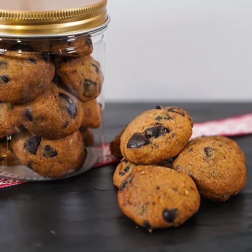Dark Chocolate Chips Cookie