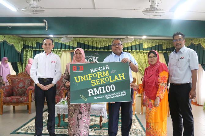 BDB Sumbang Bantuan Persekolahan Kepada 252 Pelajar Sekolah Kebangsaan Jabi