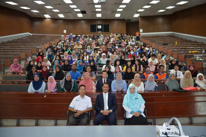 Ketua Sumber Manusia Kumpulan BDB  Beri Ceramah Kepada Pelajar UUM.