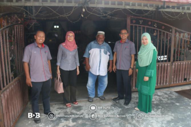 Kumpulan BDB Sampaikan Sumbangan Kepada Nasree Sareh,kakitangan BDB Infra