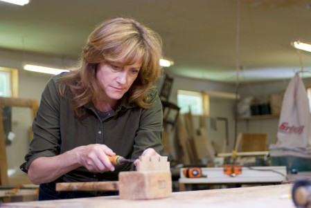 A woman builder, please?