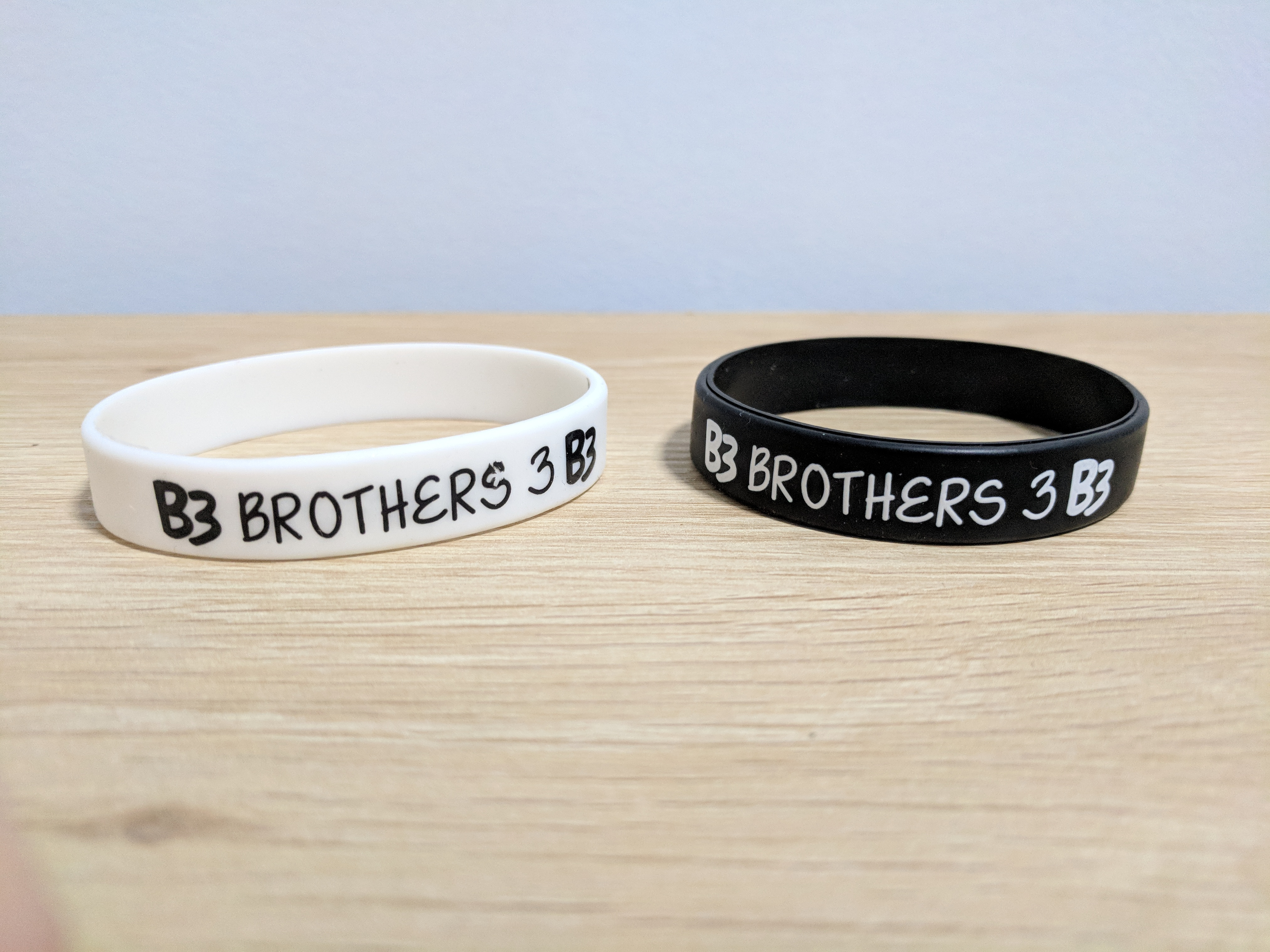 Wristbands Both